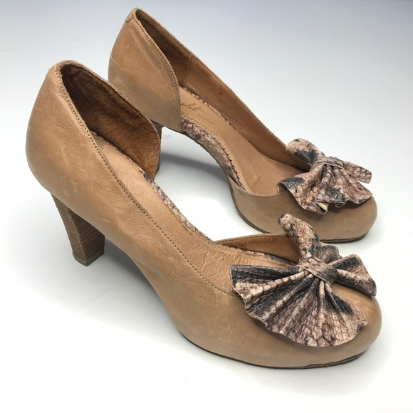 Miss Albright Shoes - Anthropologies Miss Albright snake print bow heels